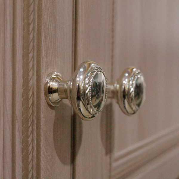 6d17052e0262536cb3df401ae2bdd263 600x600 - Брайтон 01 шкаф для одежды 2-х дв.