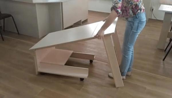 "stol transformer origami2 600x343 - Стол-трансформер ""Оригами"""