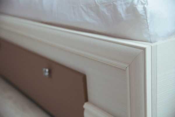 krovat8 600x400 - Кровать Саванна М06 1600 с тумбами