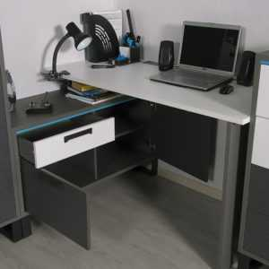 Carbon С2 стол угловой
