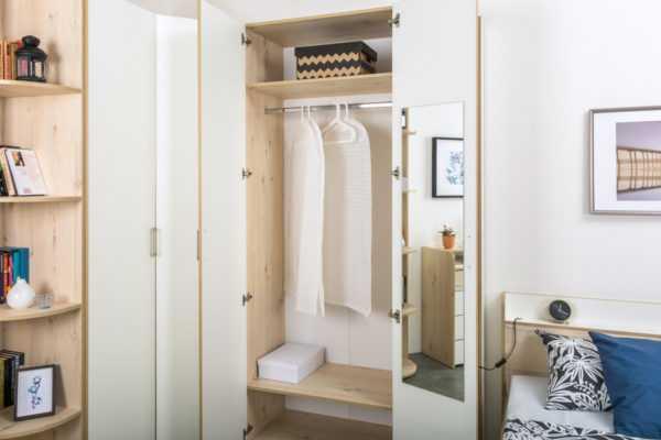 dsc5772 600x400 - ВЕСТА 13.130 Шкаф для одежды (гаскон пайн светлый/белый шагрень)