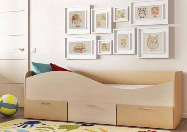 КР-3 Кровать с выдвижными ящиками на колесиках